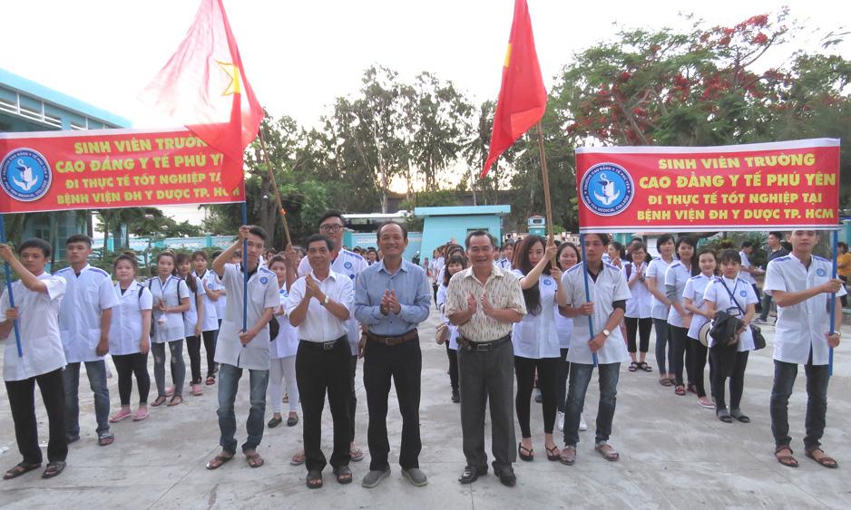 Đưa sinh viên đi thực tập tại Bệnh viện ĐH Y dược TP Hồ Chí Minh